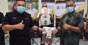 UniSZA sumbang 'Face Shield' kepada IPK Terengganu.